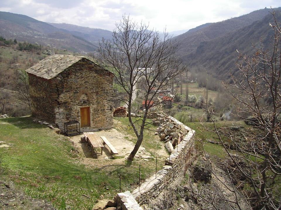 bogorodicna crkva na vrazjem kamenu