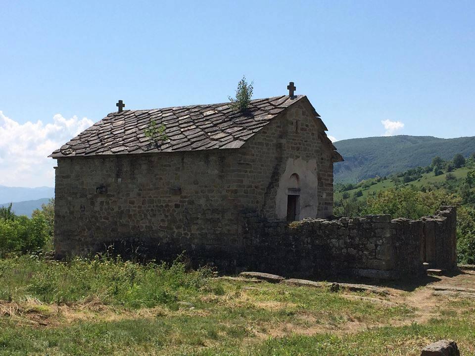 crkva u popama kod novog pazara