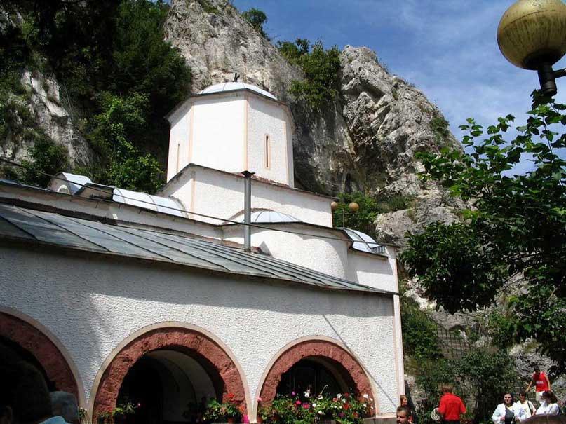 Manastir-Gornjak-2