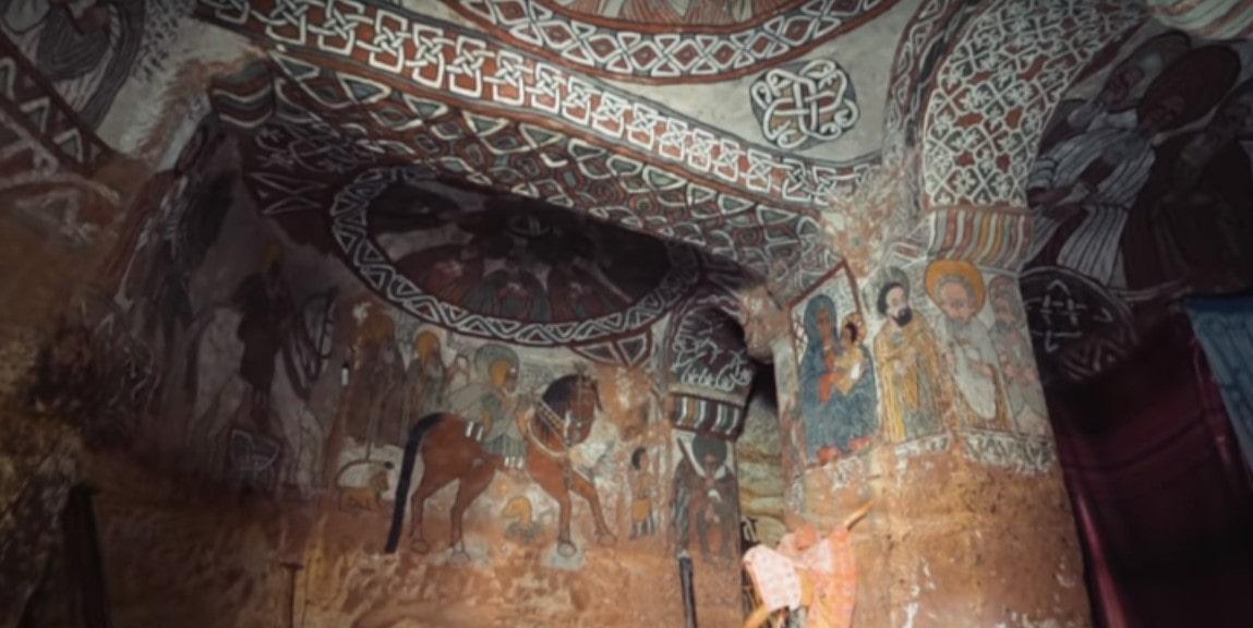 freske-unutar-crkve