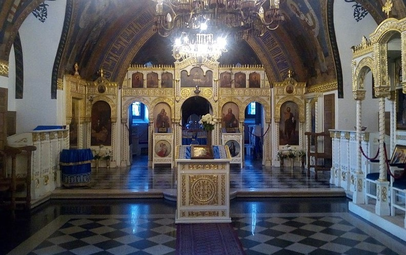 unutrasnjost crkve ruzice-min