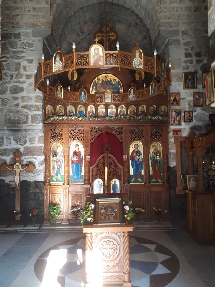 Unutrasnjost-crkve