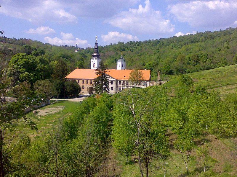 manastir Kuvezdin