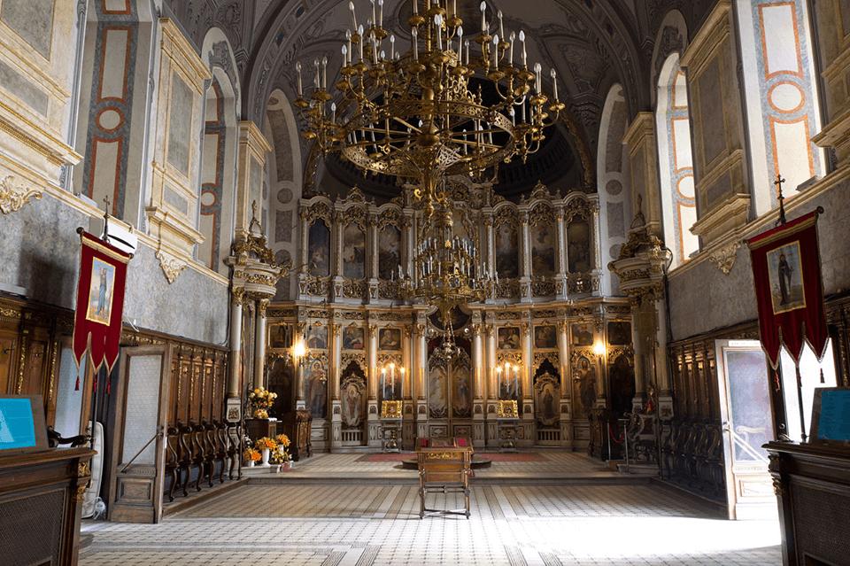 saborni hram u Novom Sadu unutrasnjost