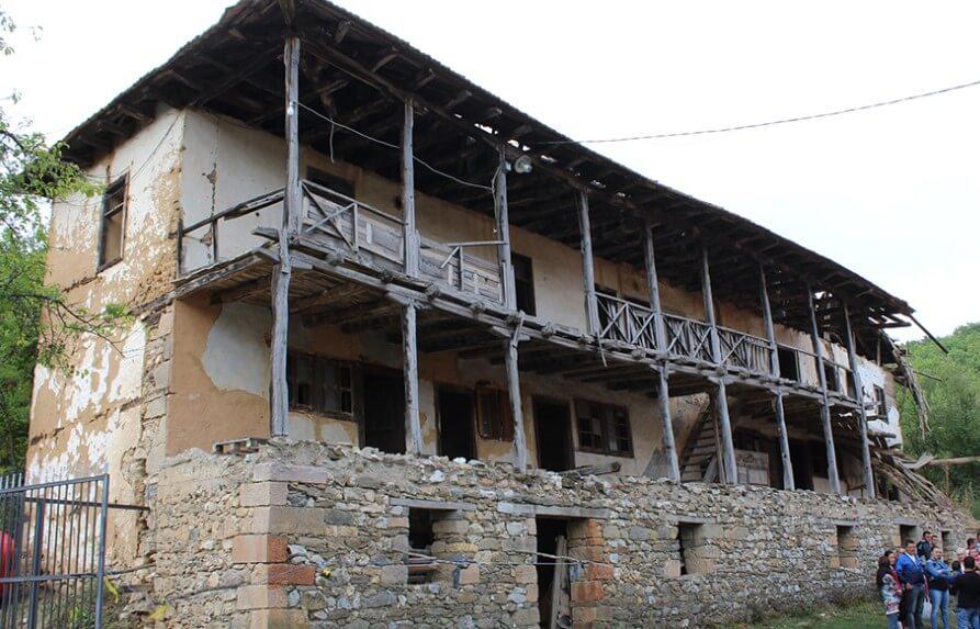 konaci_manastira_zabel