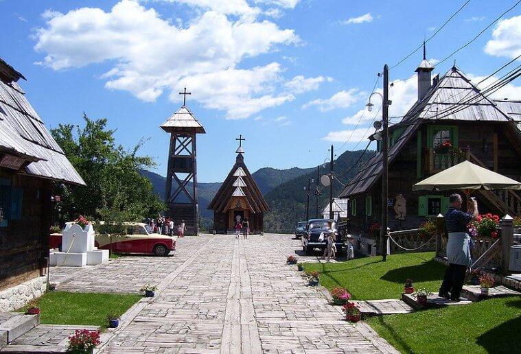 crkva svetog save drvengrad